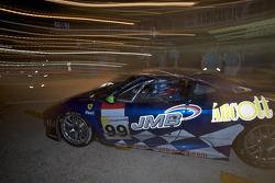 Pit stop for #99 JMB Racing Ferrari F430 GT: Alain Ferté, Ben Aucott, Stéphane Daoudi