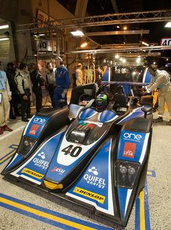 #40 Quifel-ASM Team Lola B05-40 AER: Olivier Pla, Miguel Amaral, Guy Smith