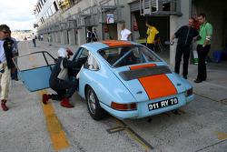 #71 Porsche 911 1965: Claude Le Jean, Christian Pelletier