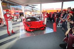 Ferrari 488 GTE, GT3 unveil