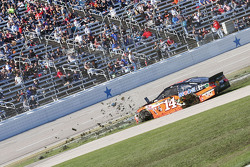 Tony Stewart, Stewart-Haas Racing Chevrolet spins
