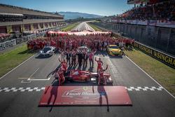 Ferrari Finali Mondiali family portrait with Scuderia F1 drivers Sebastian Vettel and Kimi Raikkonen