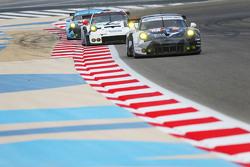 #88 阿布扎比博通车队 保时捷911 RSR:Marco Mapelli、卡里德·阿尔库巴西、克劳斯·巴赫勒