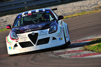 TCR Photos - Alfa Romeo Giulietta TCR testing