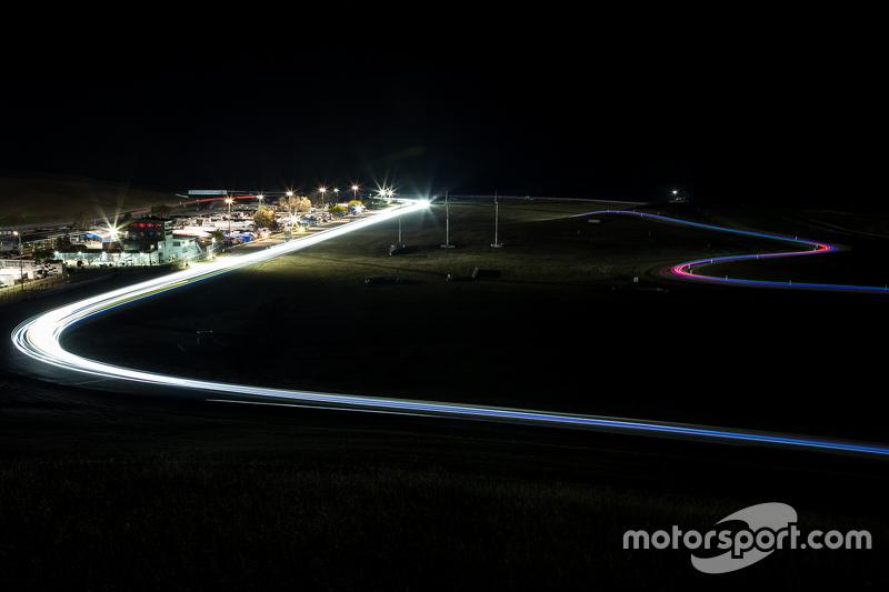 3. Night race action at Thunderhill