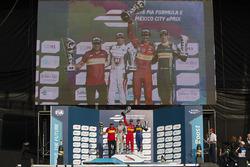 Podio: Ganador Lucas di Grassi, ABT Schaeffler Audi Sport, segundo lugar  Jérôme d'Ambrosio, Dragon Racing y tercer lugar Sébastien Buemi, Renault e.Dams