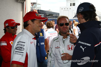 Giancarlo Fisichella, Force India F1 Team, Rubens Barrichello, Honda Racing F1 Team and Rubens Barrichello, Honda Racing F1 Team
