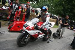 Troy Corser, 2000 Yamaha YZF R7 (ex Nori Haga)