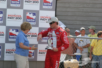Podium: third place Scott Dixon