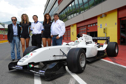 Emerson Fittipaldi, Seat Holder of A1 Team Brazil with Piercarlo Ghinzani, Seat Holder A1 Team Italy and Tony Teixeira, A1GP Chairman