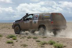 #27 Rus & Swed Nissan Pathfinder: Lars Jakob Grapengiesser and Vladimir Kalinin