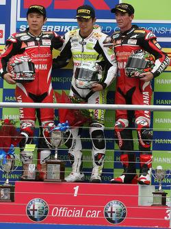 Noriyuki Haga, Ryuichi Kiyonari, Troy Corser on the podium