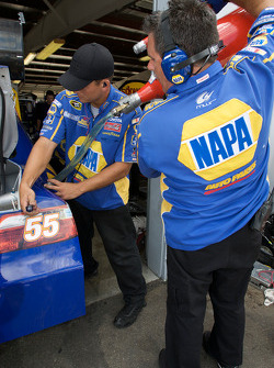 NAPA Toyota crew members at work