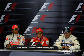 FIA press conference: pole winner Felipe Massa with Lewis Hamilton and Robert Kubica