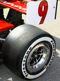 Tire on the car of Scott Dixon