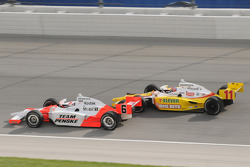 Ryan Briscoe leads Tony Kanaan