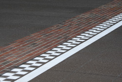 The famous Yard of Bricks start-finish line