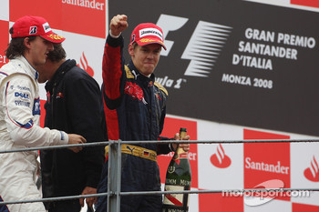 Podium: race winner Sebastian Vettel