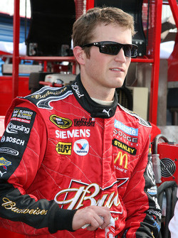 Kasey Kahne in the garage after a crash
