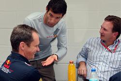 Red Bull Racing chief engineer Paul Monaghan, Mark Webber and team principal Christian Horner