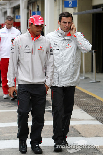 Lewis Hamilton, McLaren Mercedes, Pedro de la Rosa, Test Driver, McLaren Mercedes