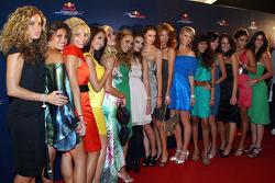 End of season party, Memorial da America Latina: the Formula Unas girls at the Red Carpet