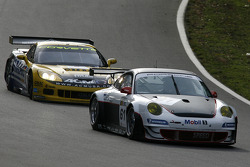 #61 Prospeed Competition Porsche 911 GT3 RS: Emmanuel Collard, Richard Westbrook, #6 Phoenix Racing Corvette Z06: Mike Hezemans, Fabrizio Gollin