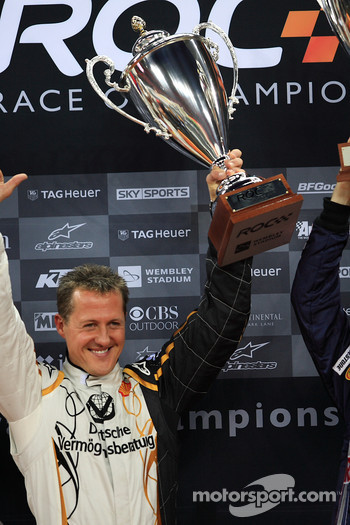 Podium: Nations Cup winner Michael Schumacher
