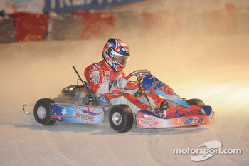 Kart race on ice: Casey Stoner