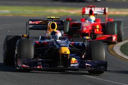 Sebastian Vettel, Red Bull Racing, RB5 leads Felipe Massa, Scuderia Ferrari, F60