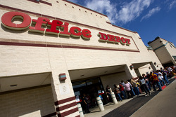 Office Depot fan event in Grapevine, Texas