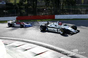#6 Richard Eyre (GB) Williams FW08-3, RJM Motorsport (1982); #8 Rodrigo Gallego (P) March 761/8, MEC Auto (1976)