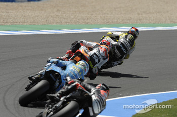 Colin Edwards, Monster Yamaha Tech 3 leads Andrea Dovizioso, Repsol Honda Team