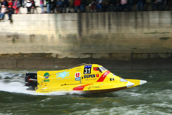 #31 class 2 Sun Racing Team: Marie Christine Dozias, Laurent Saïu, Samuel Poulain