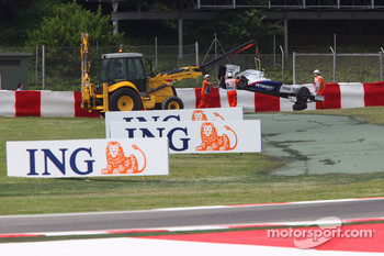 Car of Nick Heidfeld, BMW Sauber F1 Team after crashing into the barrier