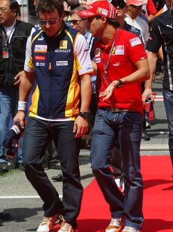 Fernando Alonso, Renault F1 Team and Felipe Massa, Scuderia Ferrari