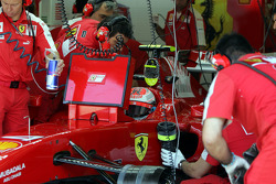 Kimi Raikkonen, Scuderia Ferrari in the garage