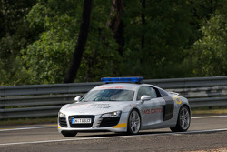 Audi R8 race control car opens up the track