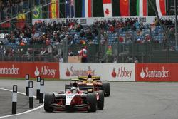 Nico Hulkenberg leads Lucas Di Grassi