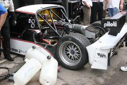 Work on the #10 SunTrust Racing Ford Dallara: Max Angelelli, Brian Frisselle