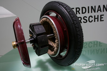 1900 wheel-hub motor of the Lohner-Porsche Elektromobil
