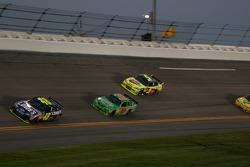Jimmie Johnson, Hendrick Motorsports Chevrolet, Kyle Busch, Joe Gibbs Racing Toyota, Mark Martin, Hendrick Motorsports Chevrolet