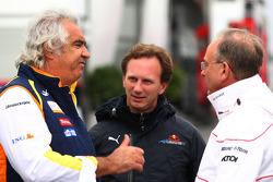 Flavio Briatore, Renault F1 Team, Team Chief, Managing Director, Christian Horner, Red Bull Racing, Sporting Director and John Howett, Toyota F1 Team, President TMG