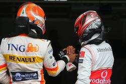 Nelson A. Piquet, Renault F1 Team and Heikki Kovalainen, McLaren Mercedes