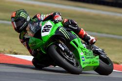 Jamie Hacking's #88 Monster Energy Attack Kawasaki rounds turn 4