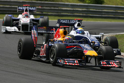 Mark Webber, Red Bull Racing and Nico Rosberg, Williams F1 Team