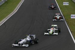 Nick Heidfeld, BMW Sauber F1 Team, Rubens Barrichello, Brawn GP