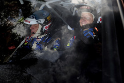 The moment of victory for Mikko Hirvonen and Jarmo Lehtinen
