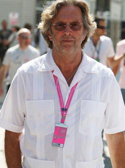 Eric Clapton Singer