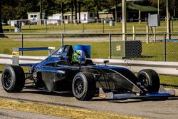 Дейн Камерон тестує новий болід Ф4 Crawford Honda